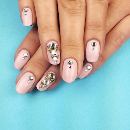 nails-gems