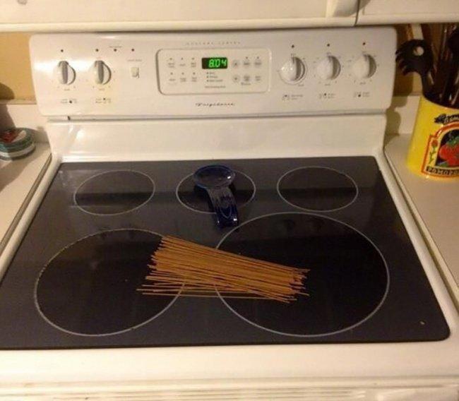 pasta stove