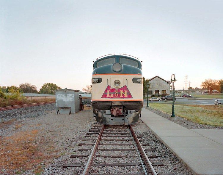 train-loco