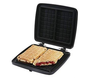 Stuffed belgian waffle maker plates