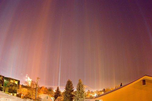 amazing-nature-light-pillars