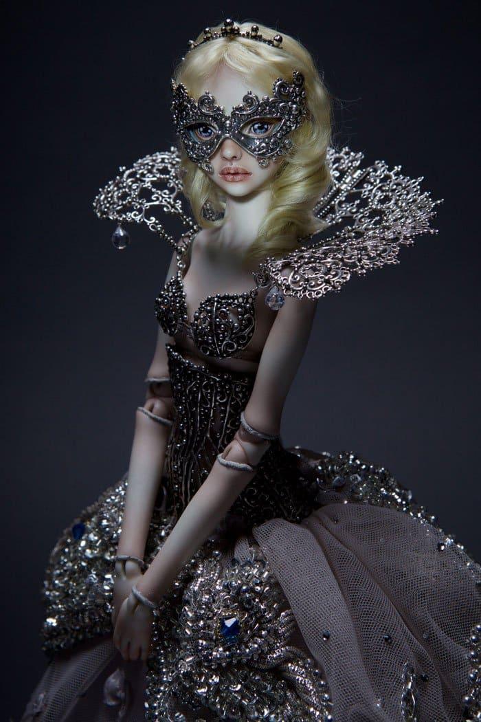 dolls-mask