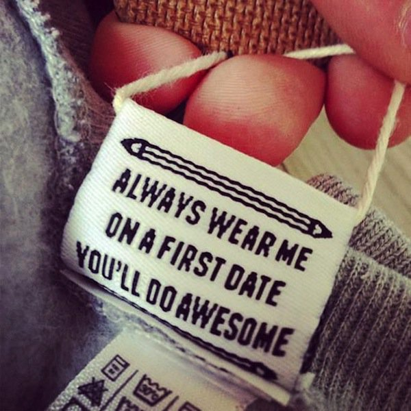 funny-clothing-tags-date
