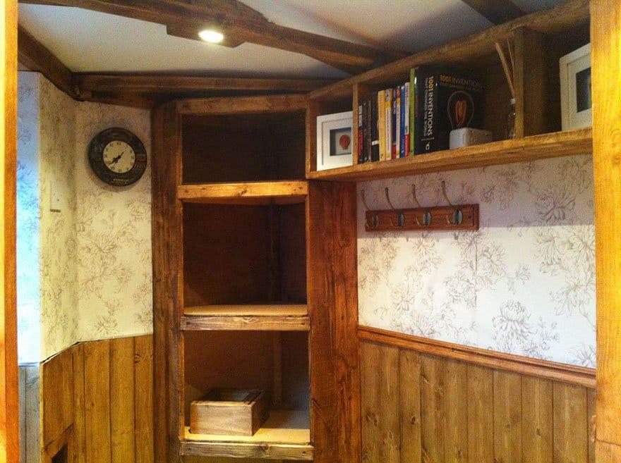 hobbit-bookshelf