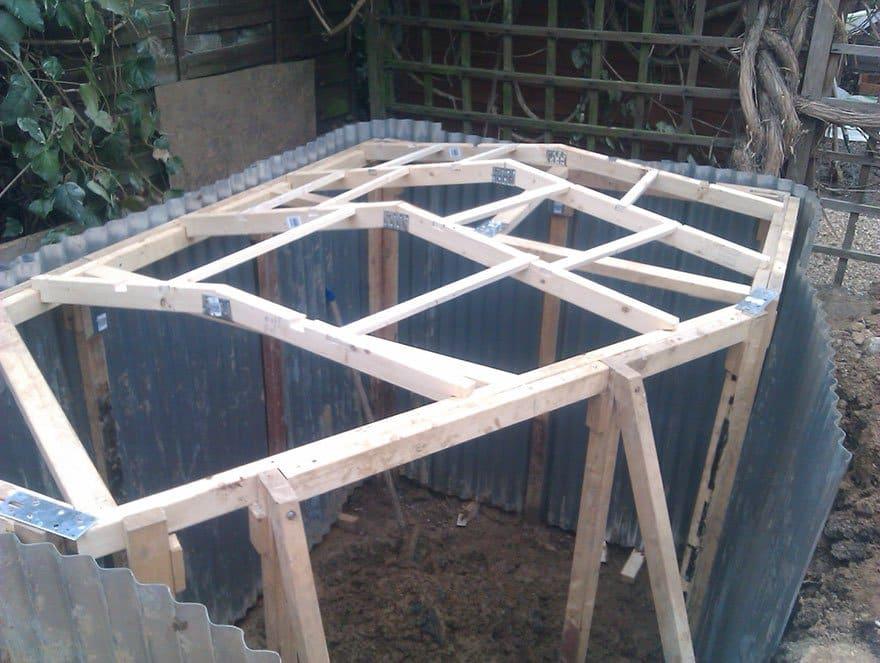 hobbit-roof