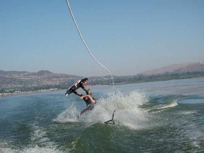 photos-moments-before-disaster-water-ski