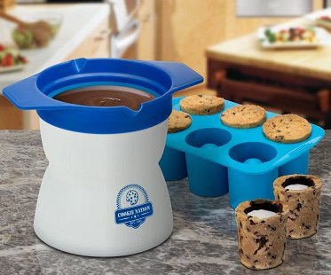 Milk and Cookie Shot Maker six