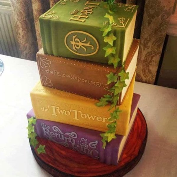 awesome-cakes-lotr