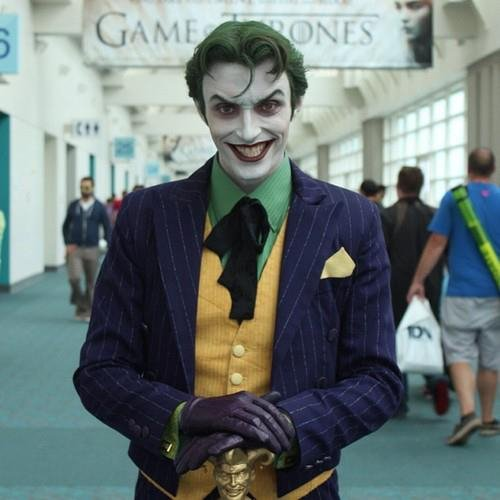 awesome-cosplay-the-joker