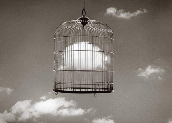 chema-madoz-cage