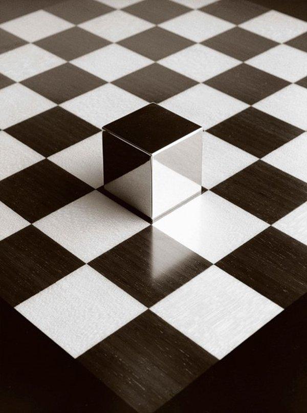 chema-madoz-cube