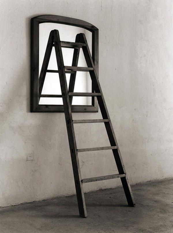 chema-madoz-ladder