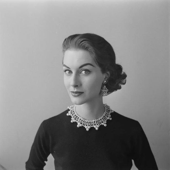 nina-leen-vintage-photos-pearls