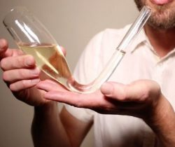 Quick Drinking Chmpagne Glass