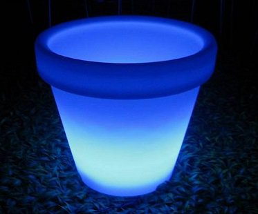 solar light up flower pot blue