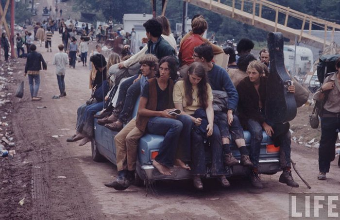 1969-woodstock-music-festival-car