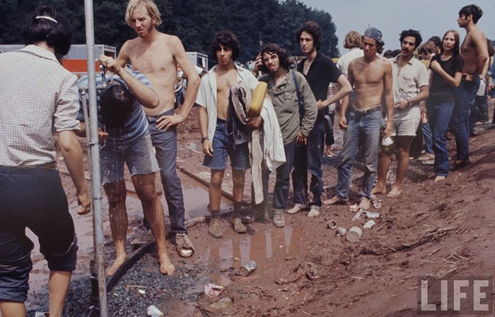 1969-woodstock-music-festival-water