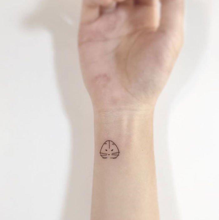 minimalist-tattoos-hamster