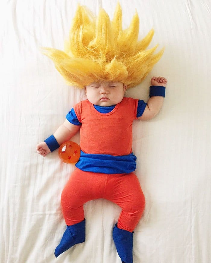 sleeping-baby-cosplay-goku