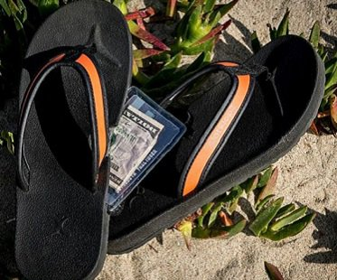 hidden-pocket-flip-flops-secret