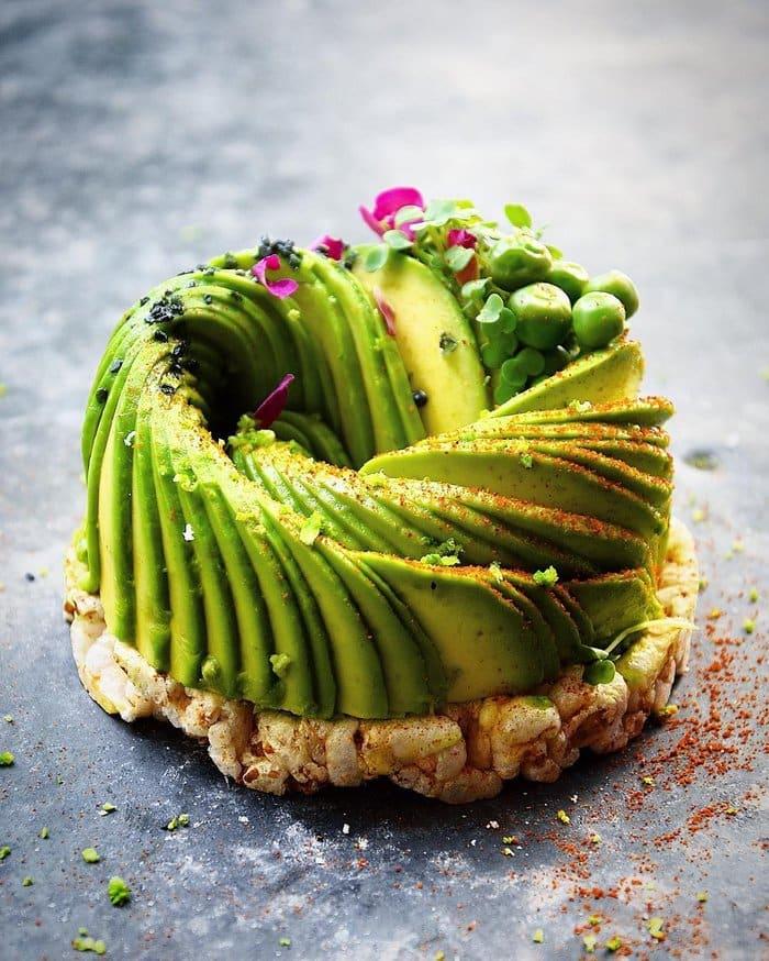avocado slice cake