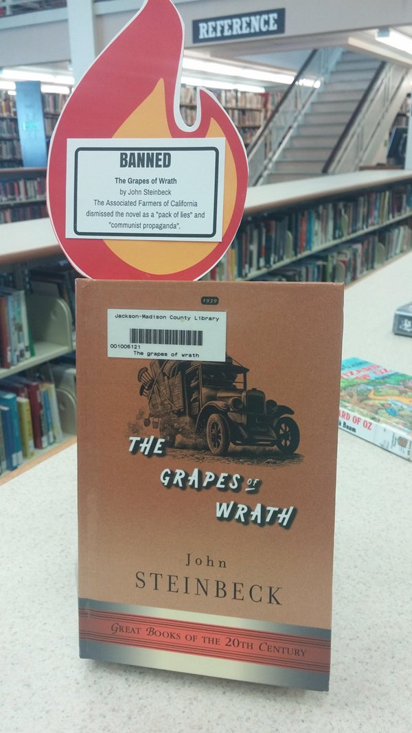 banned-books-the-grapes-of-wrath-communist