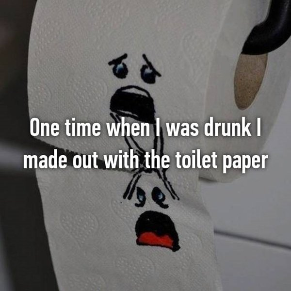 drunk-decisions-loo-roll-make-out