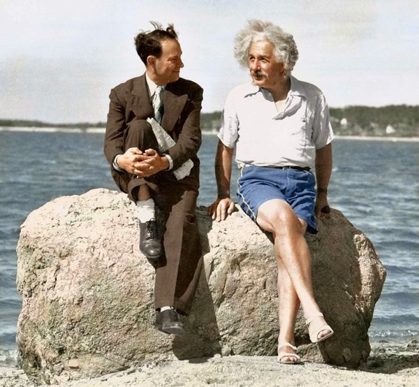 historical-photos-einstein-at-beach-1939