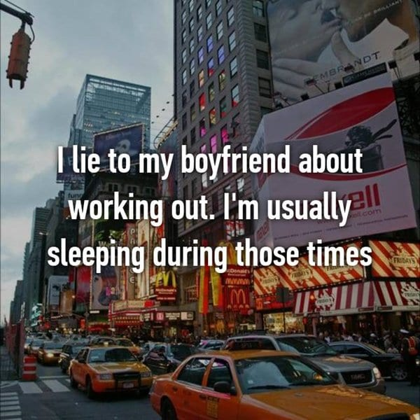 lies-to-boyfriends-working-out