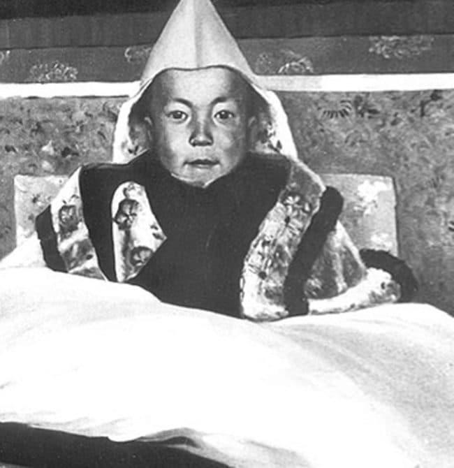 photos-from-the-past-dalai-lama-1940