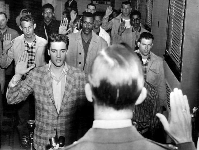 photos-from-the-past-elvis-army-1958
