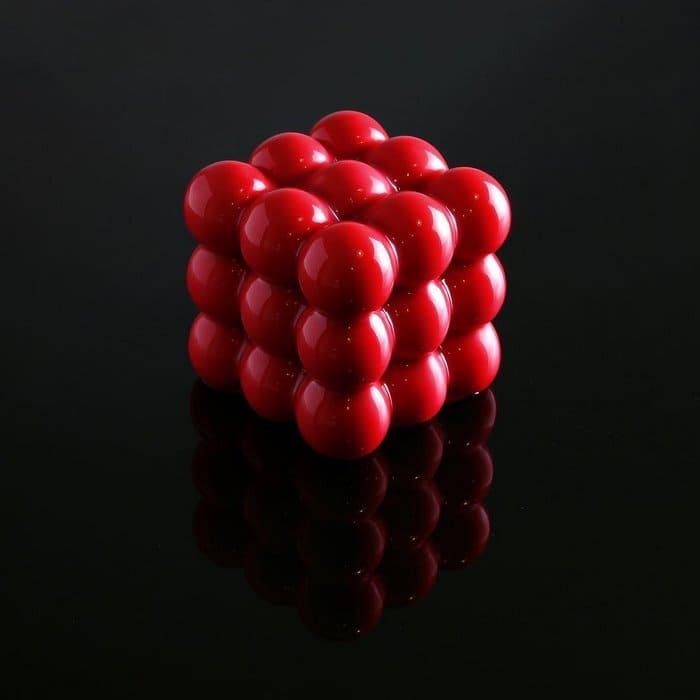 red-circle-cubes