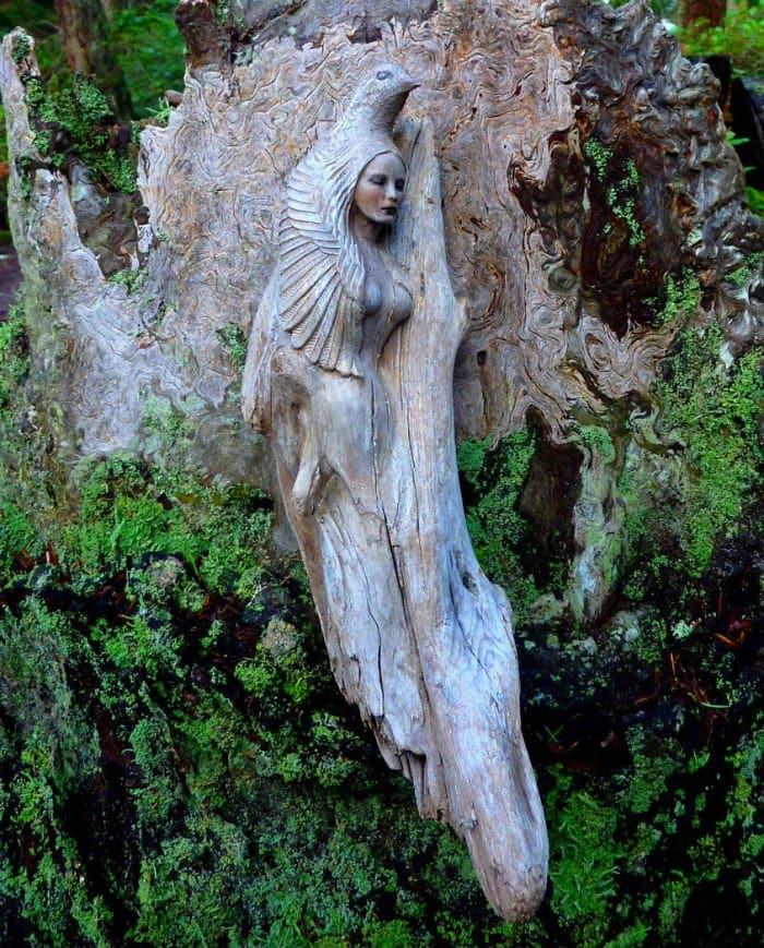 sculptures-debra-bernier-bird-woman