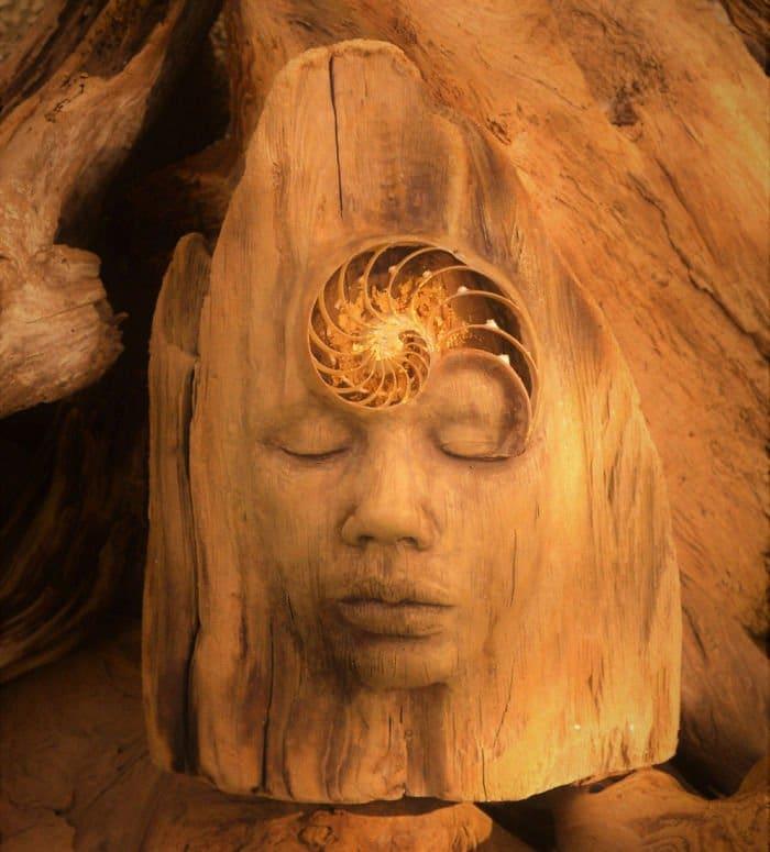 sculptures-debra-bernier-third-eye-shell