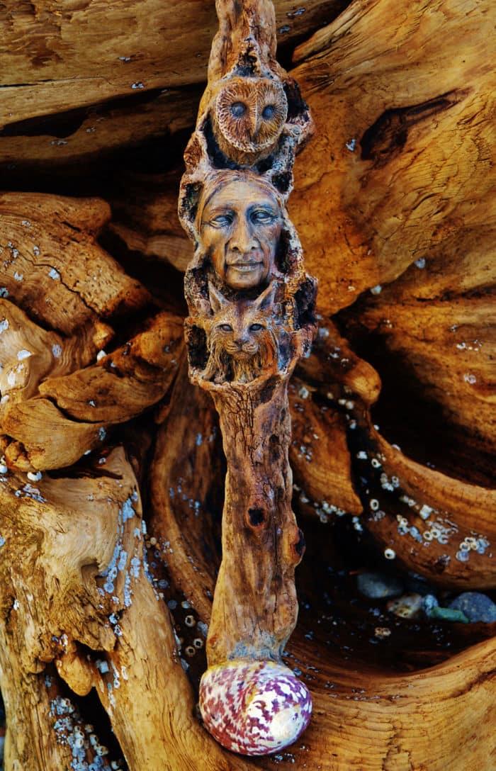 sculptures-debra-bernier-totem