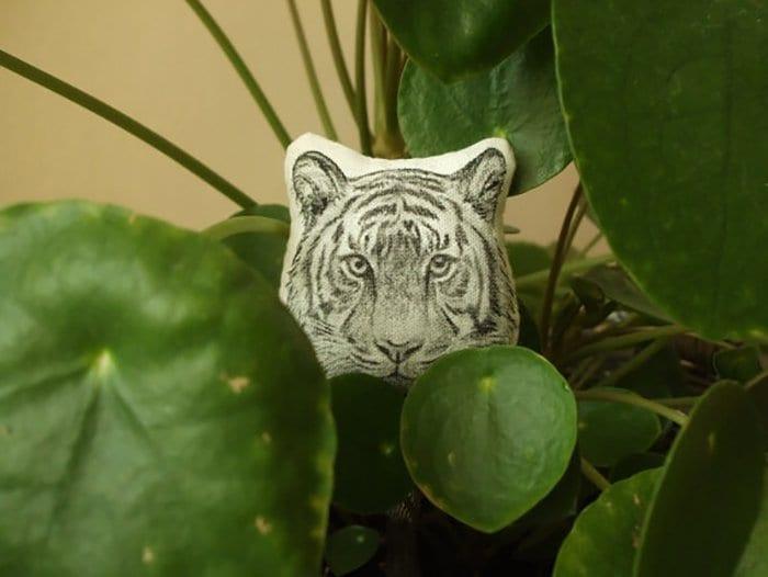 tiger-broch