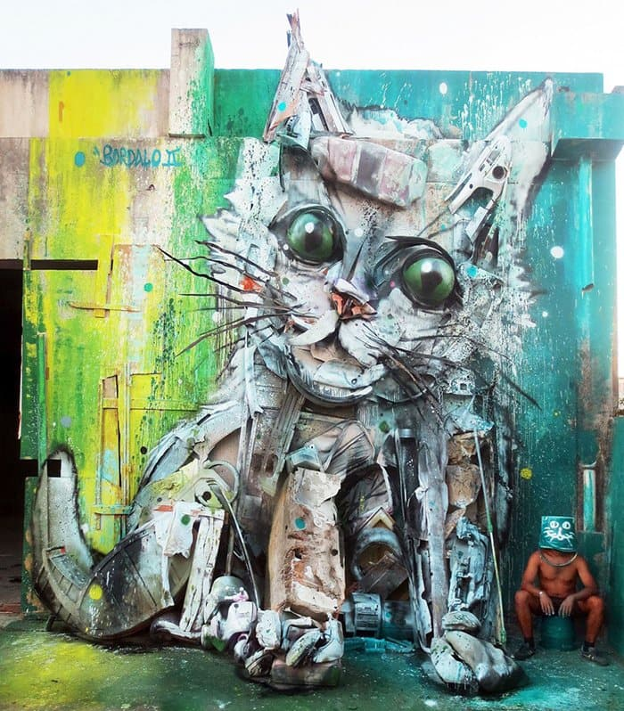 trash-animal-sculpture-artur-bordalo-artist-kitten