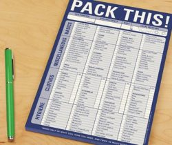 travel-checklist-pad