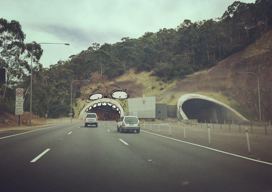 tunnel-monster