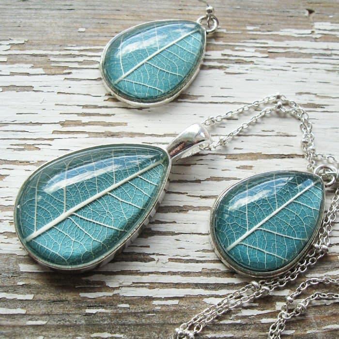turqouise-leaf-blue