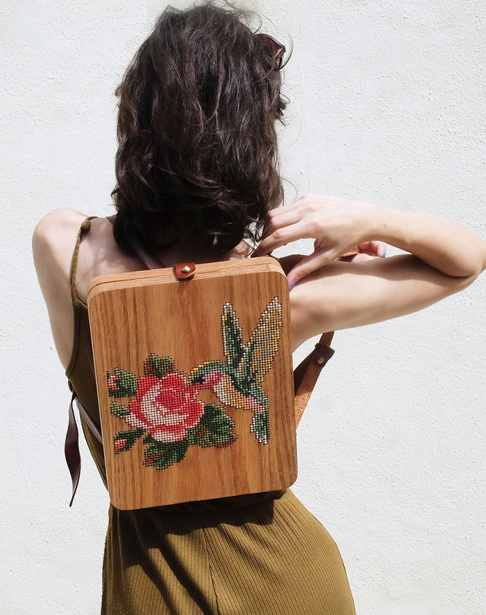 wearable-wooden-bag