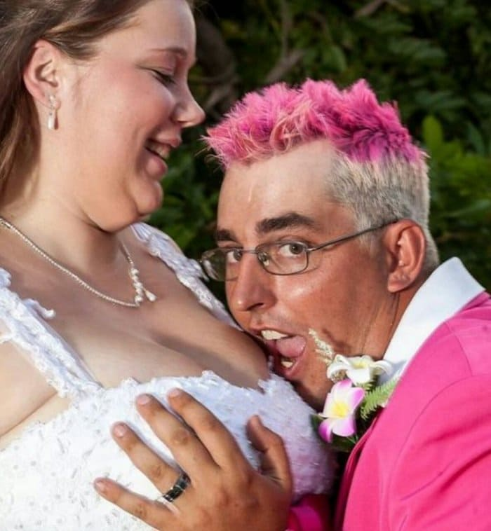 wedding-cringe-breasts