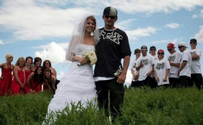 wedding-cringe-caps