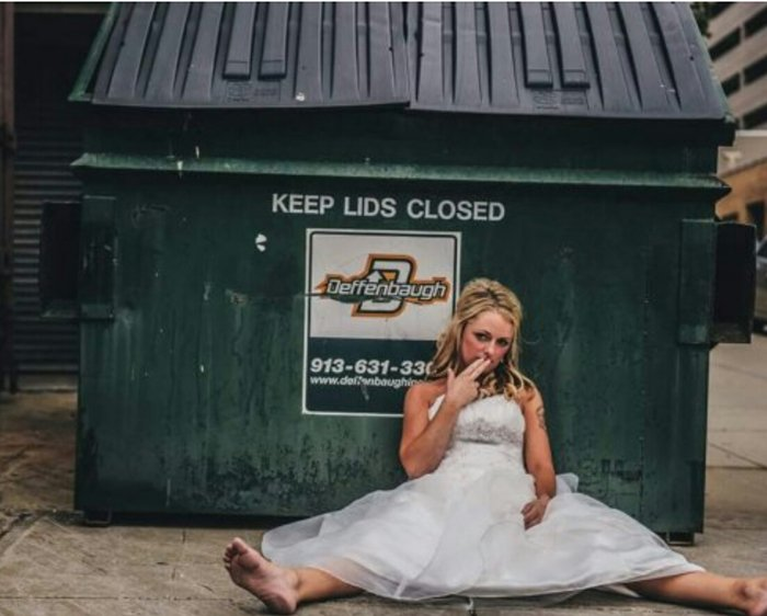 wedding-cringe-dumpster