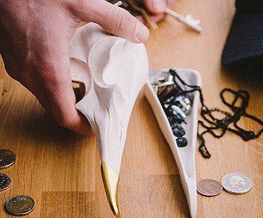 bird-skull-jewellery-box
