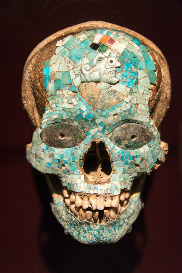 artifacts-mask-of-xiutecuhlti-1325-1521-aztec-mixtec-mexico