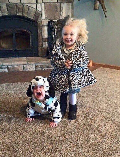 cute-halloween-costumes-cruella-deville-dalmatian-unhappy