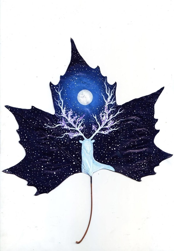 fallen-leaf-art-stag-snow