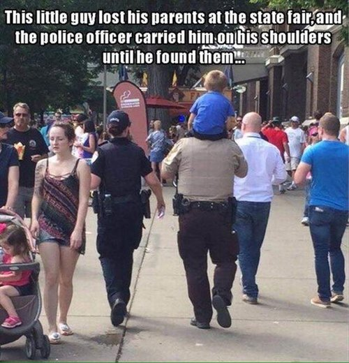 feel-good-photos-police-officer-carried-lost-kid