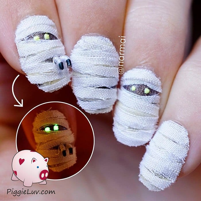 halloween-creepy-nail-art-mummies